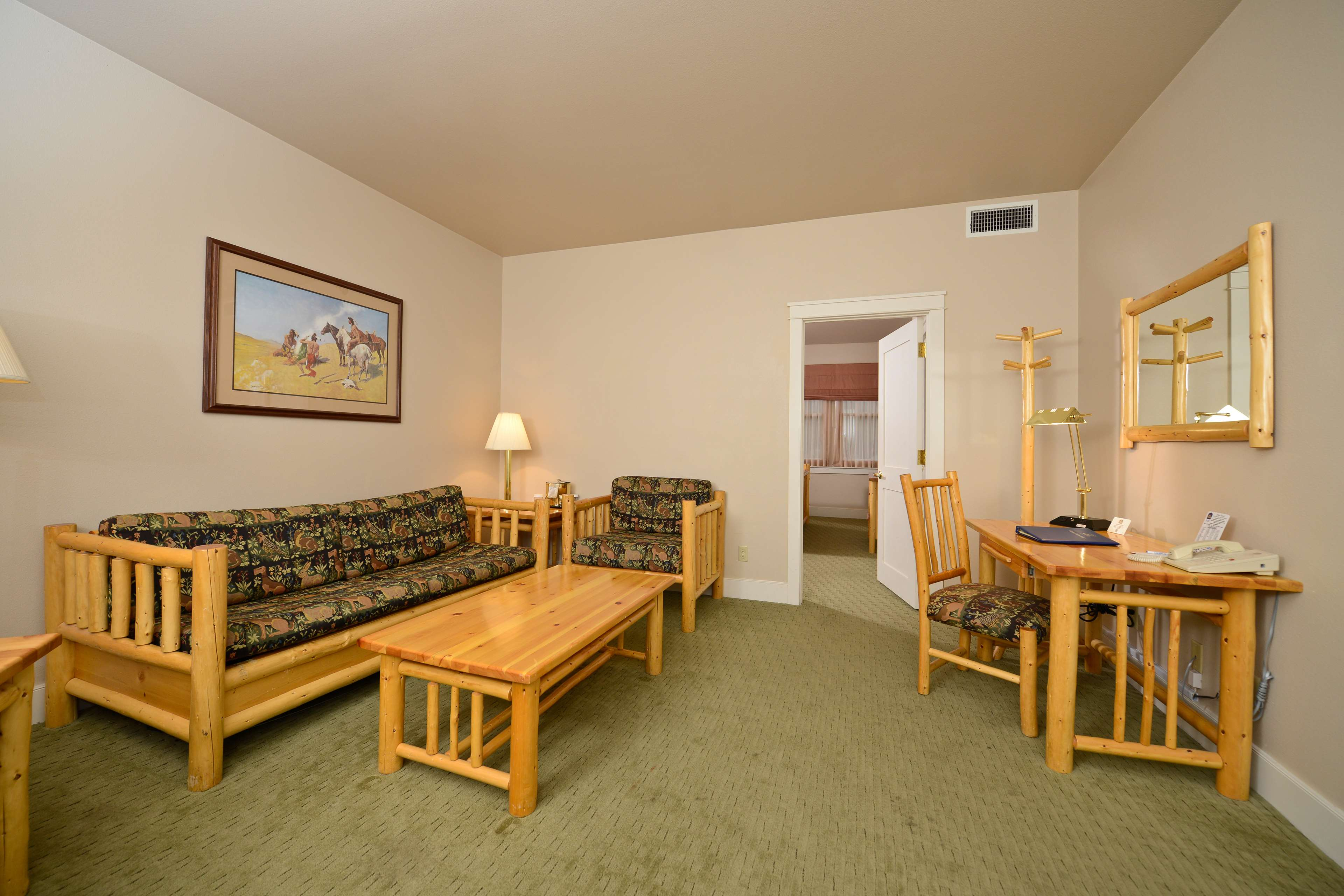 Best Western Plus Plaza Hotel image 29
