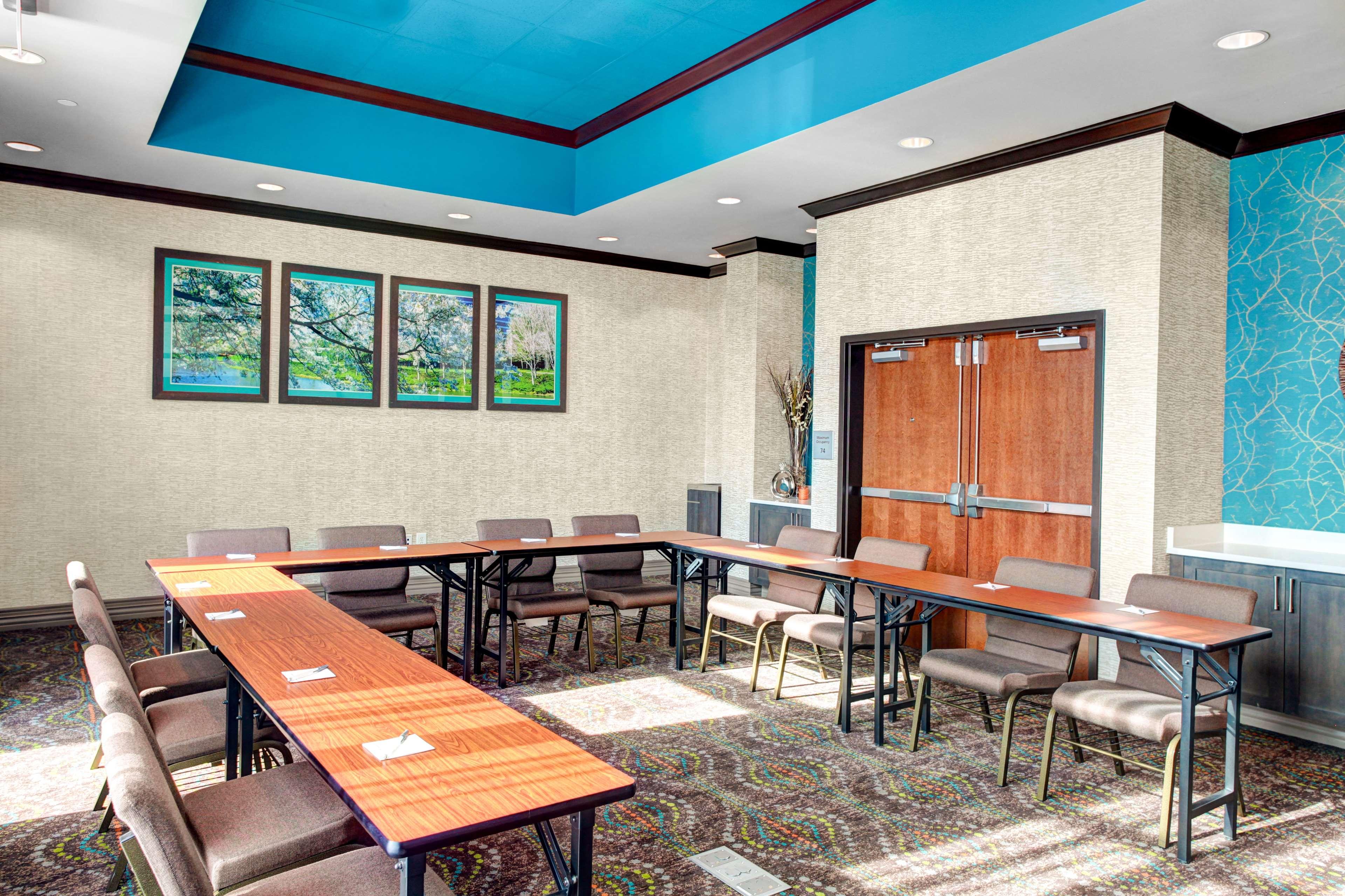 Hampton Inn & Suites by Hilton Atlanta Perimeter Dunwoody image 32