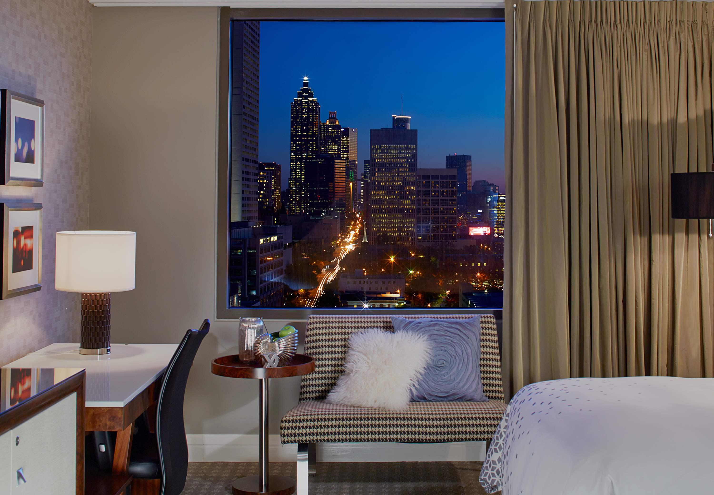 Restaurants Near Marriott Renaissance Atlanta