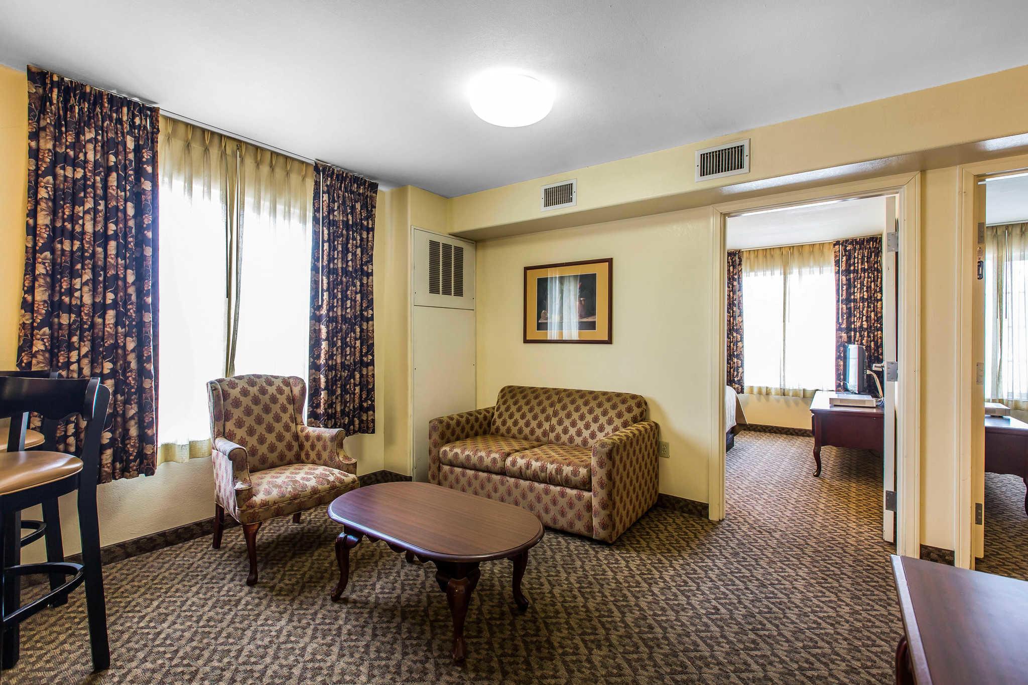 Comfort Inn & Suites El Centro I-8 image 13