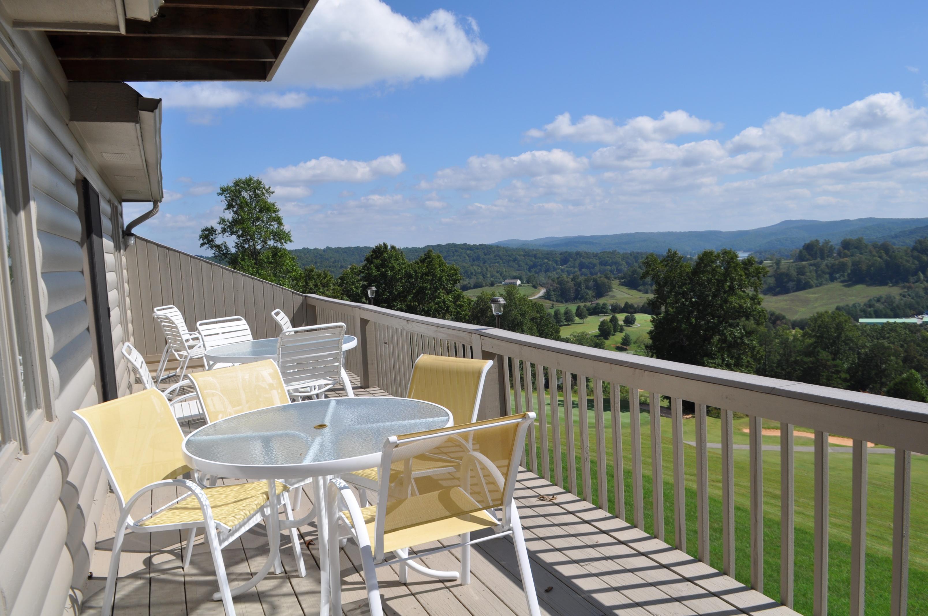 Deerfield Vacation Rentals image 4