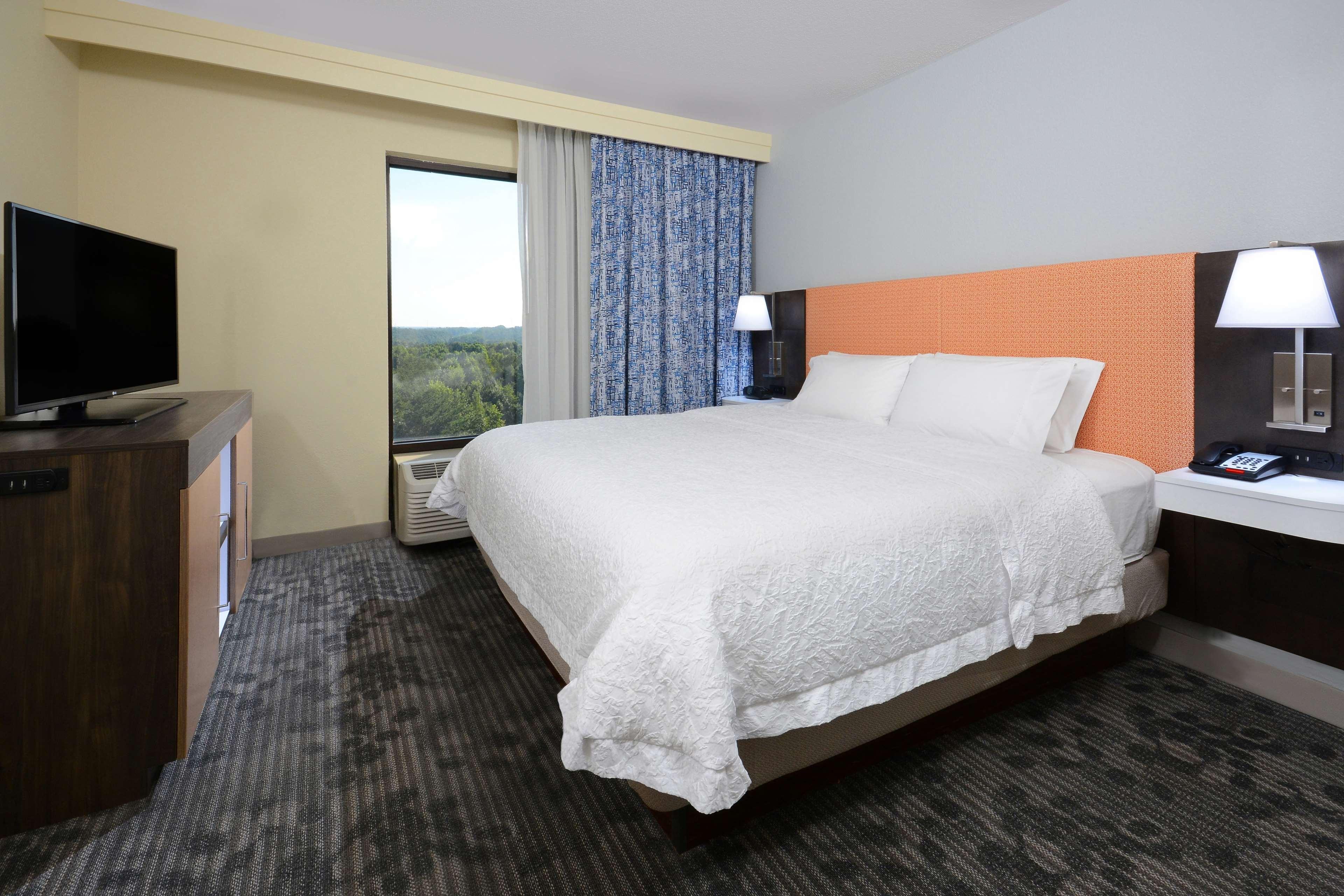 Hampton Inn & Suites Greenville/Spartanburg I-85 image 25