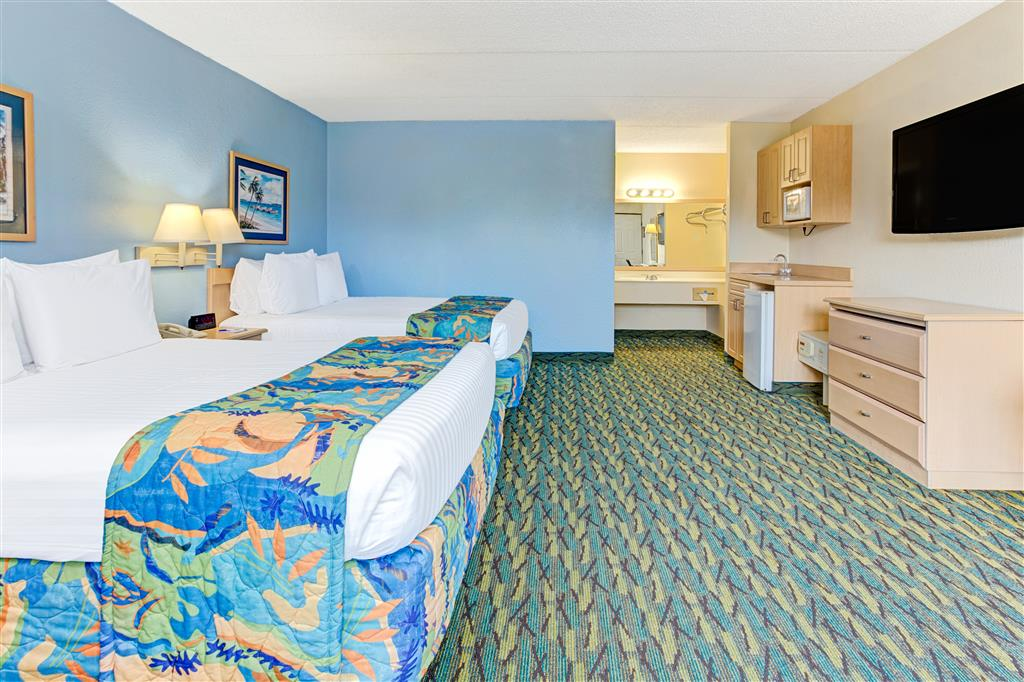 Baymont Inn & Suites Kissimmee image 8