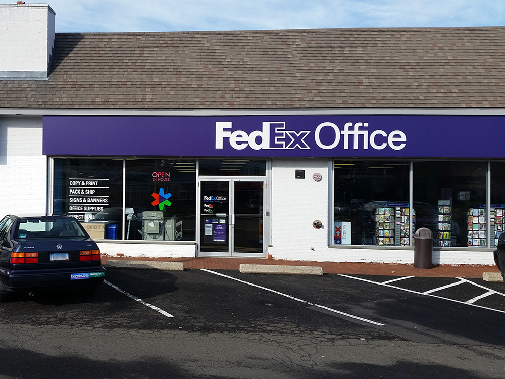 Learn how to schedule a FedEx® delivery in Phoenix, or hold your package for pickup at a nearby FedEx location. Or take advantage of a complete portfolio of expedited freight services to meet your urgent and unique LTL freight needs.