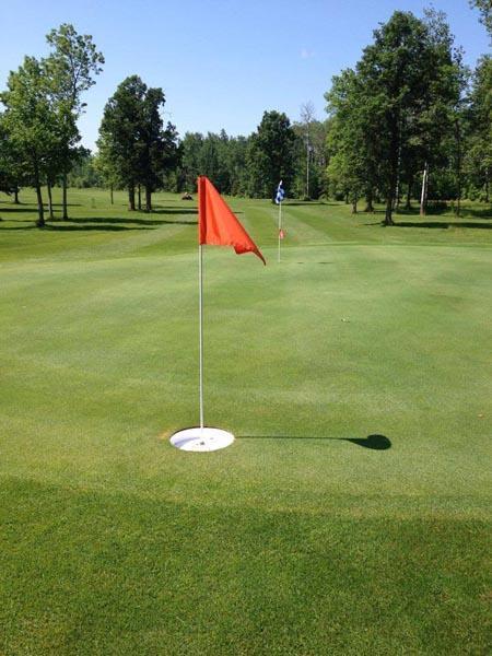 Golf on the Edge image 11