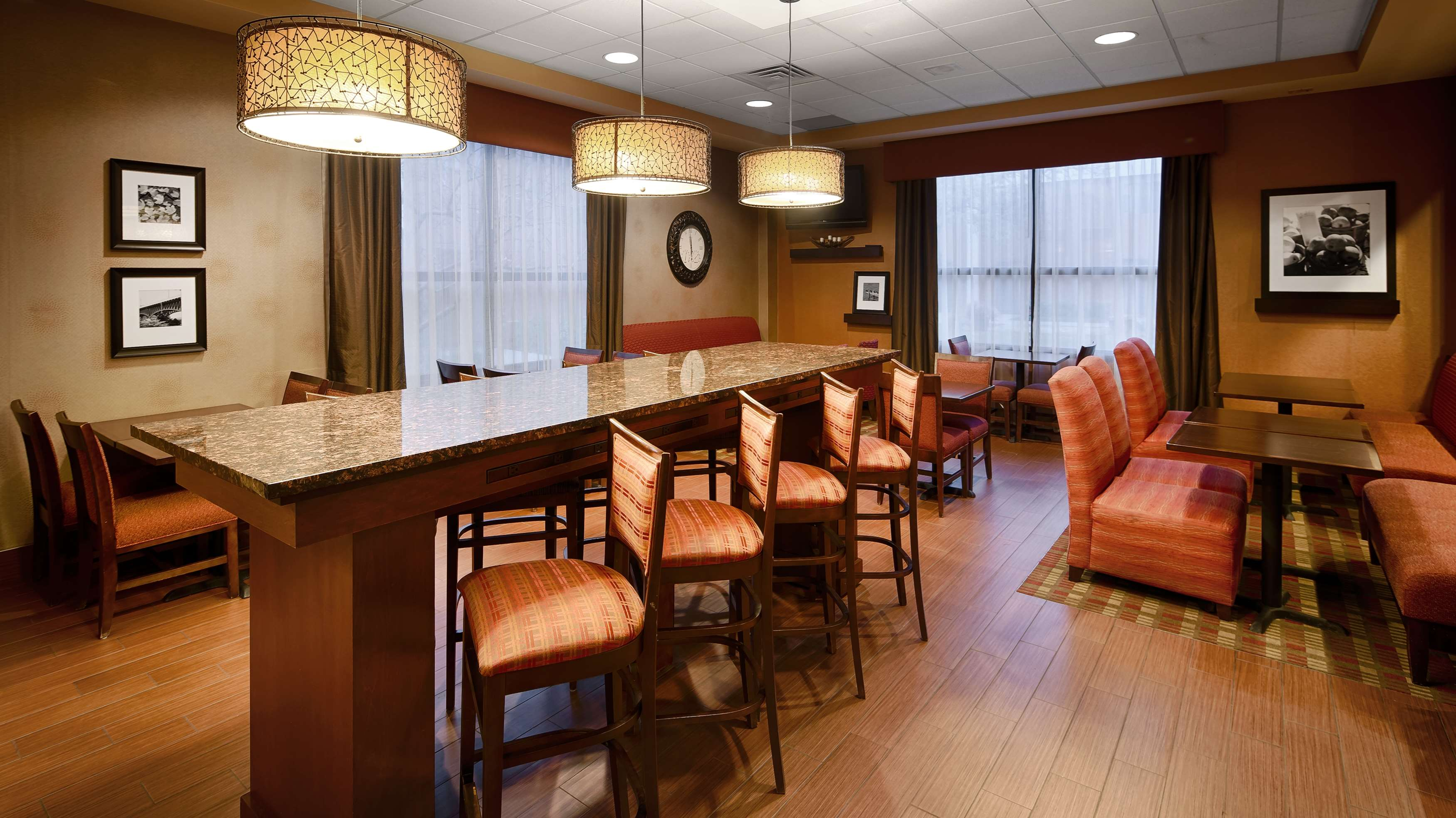 Best Western Plus St. Paul North/Shoreview image 4