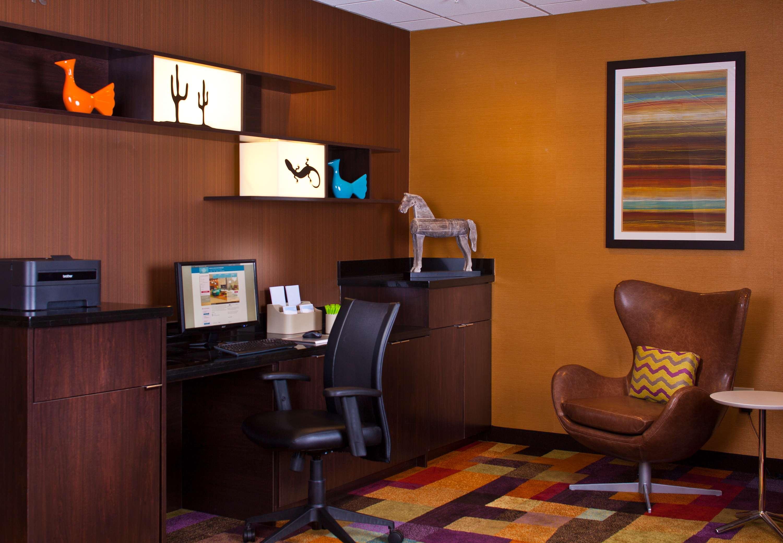 Fairfield Inn & Suites by Marriott Houston Hobby Airport image 18