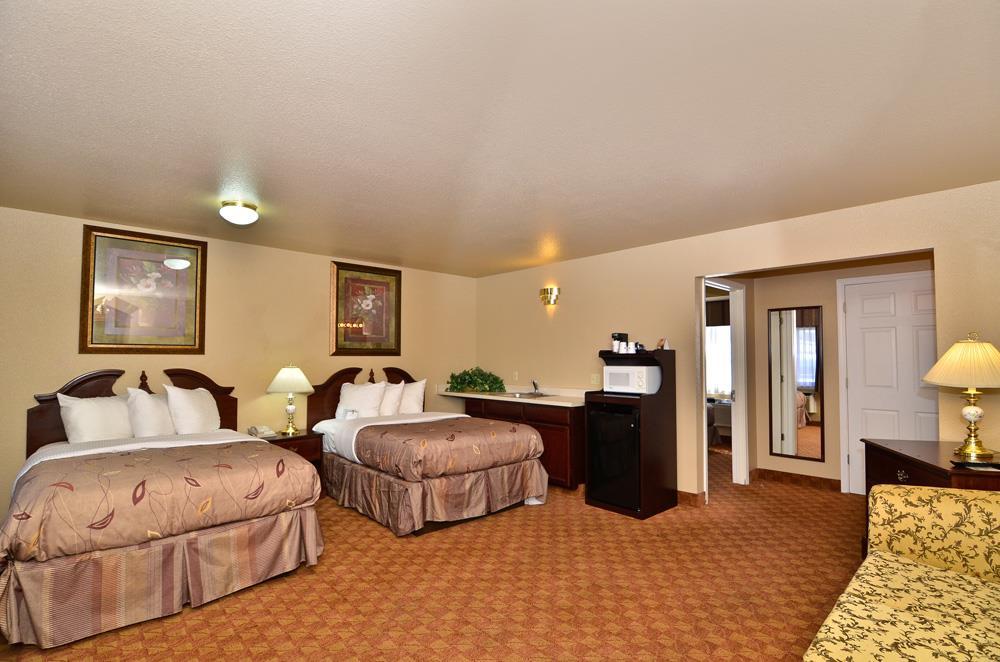 Best Western Fallon Inn & Suites image 33