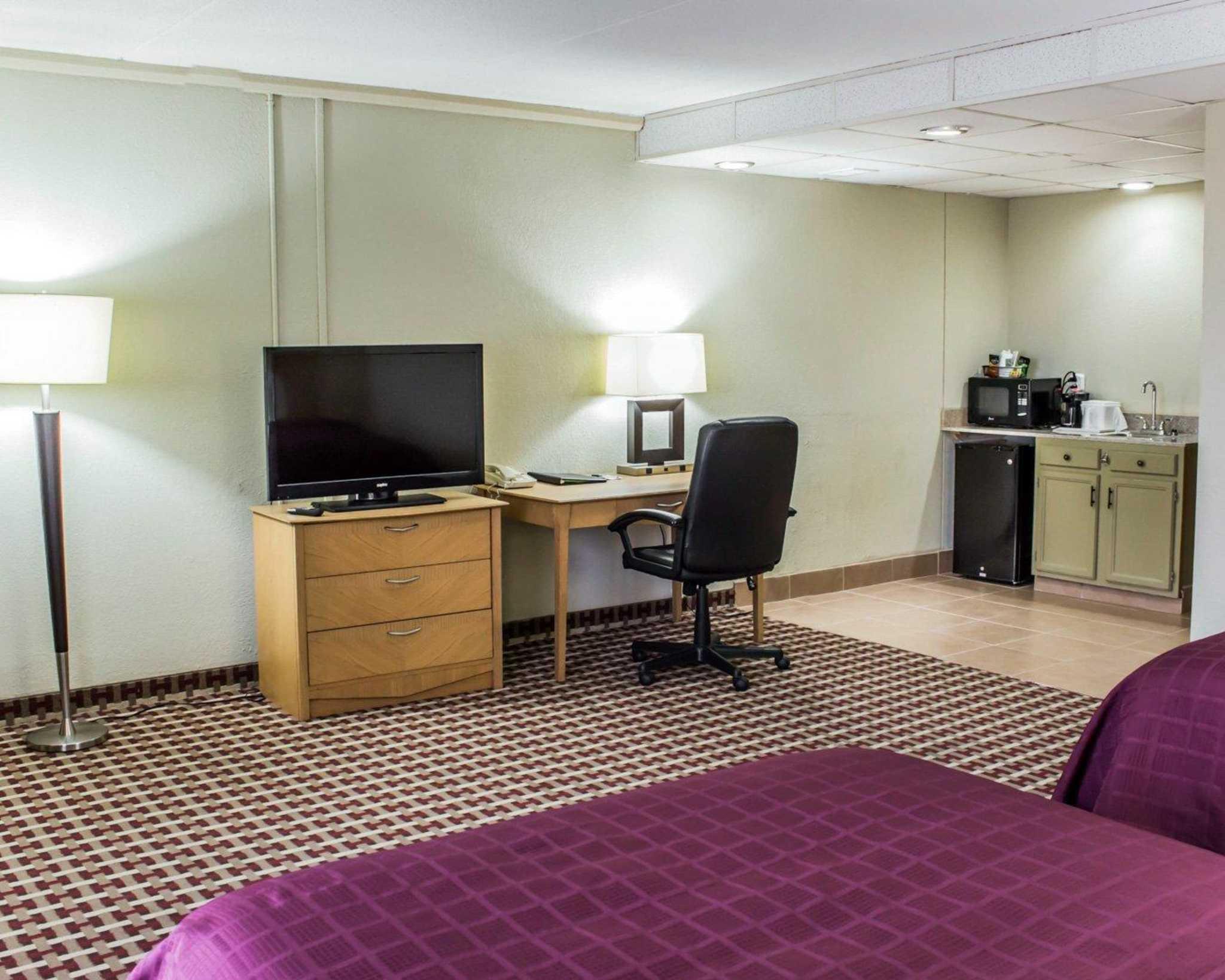 Quality Inn & Suites Fort Bragg image 29