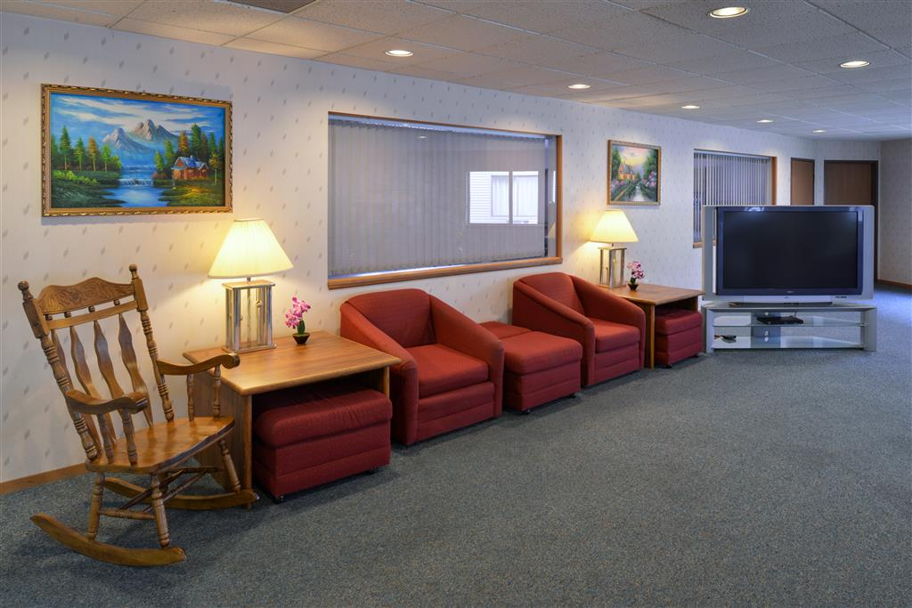 Americas Best Value Inn La Crosse image 7