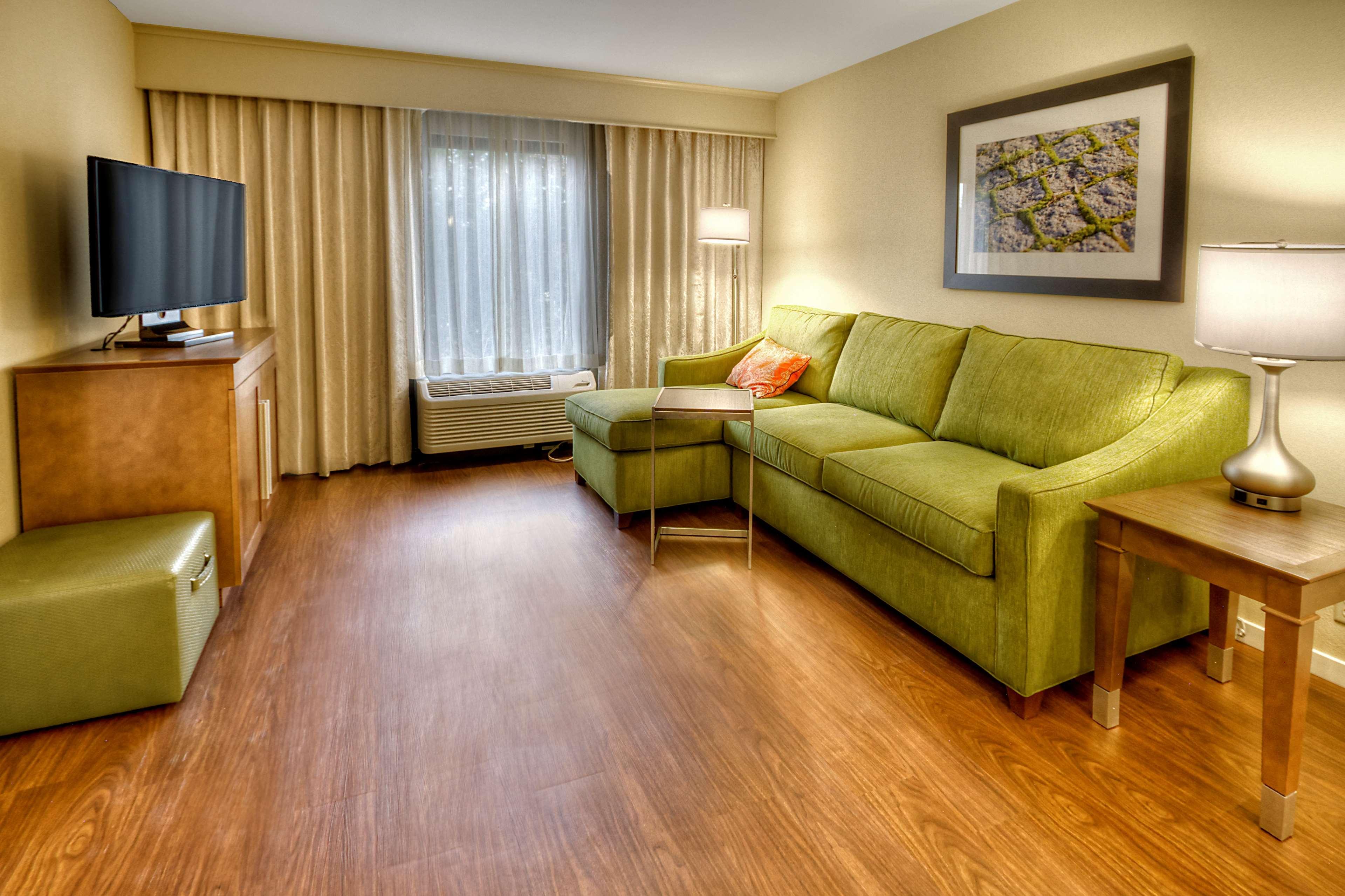 Hampton Inn & Suites Asheville-I-26 image 33