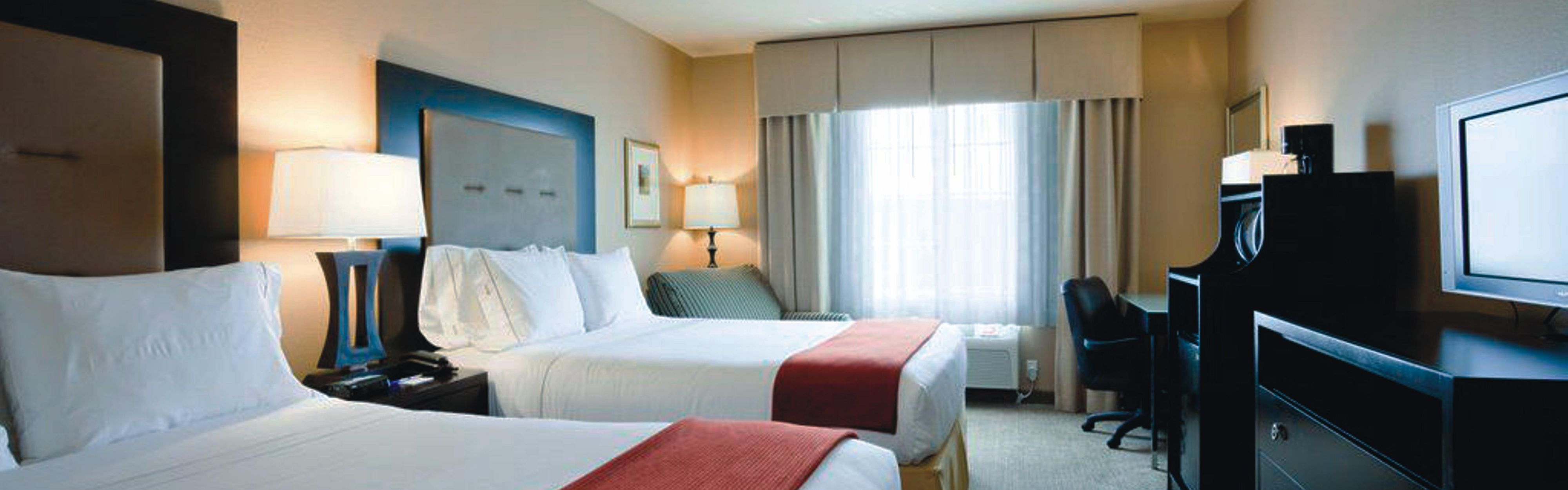 Holiday Inn Express Portland East - Troutdale image 1
