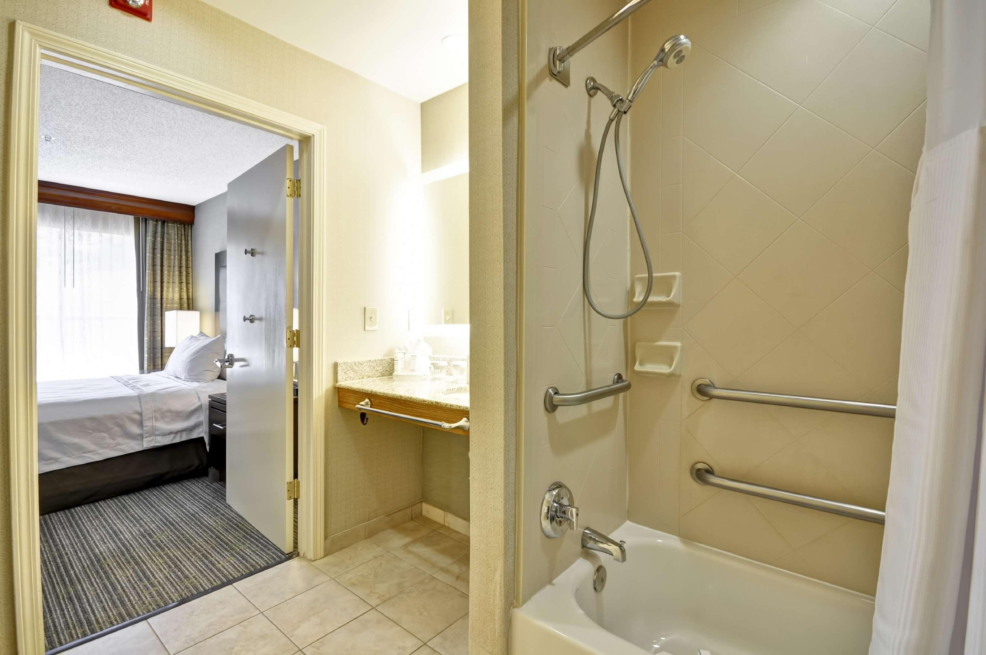 Homewood Suites by Hilton Atlanta-Galleria/Cumberland image 3