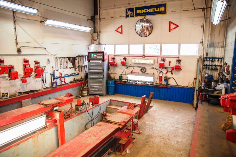 Dominic Pneus et Mécanique à Victoriaville