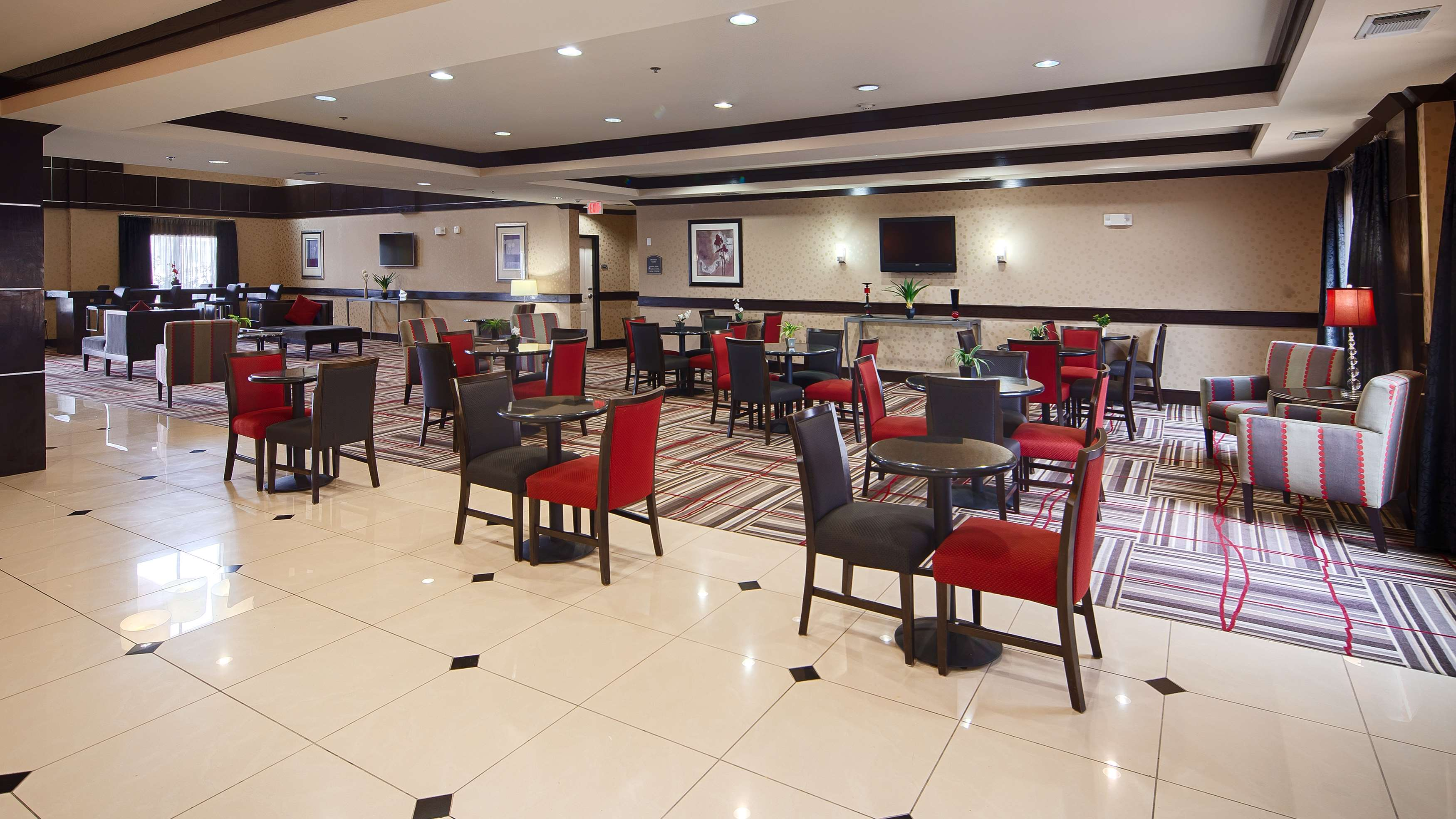 Best Western Plus DFW Airport West Euless image 3