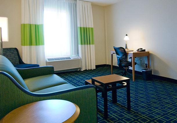 Fairfield Inn & Suites by Marriott Plainville image 7