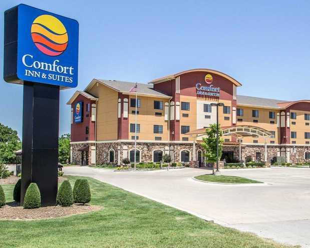 Hotels In Jenks Ok Near Aquarium