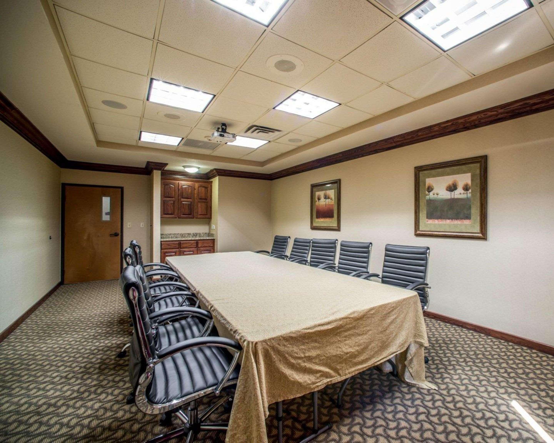 Comfort Suites Columbia - University Area in Columbia, MO, photo #25
