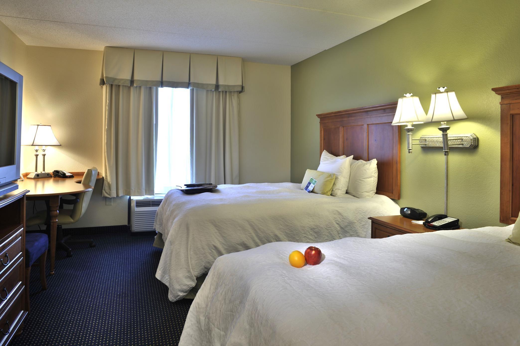 Hampton Inn & Suites ATL-Six Flags image 19