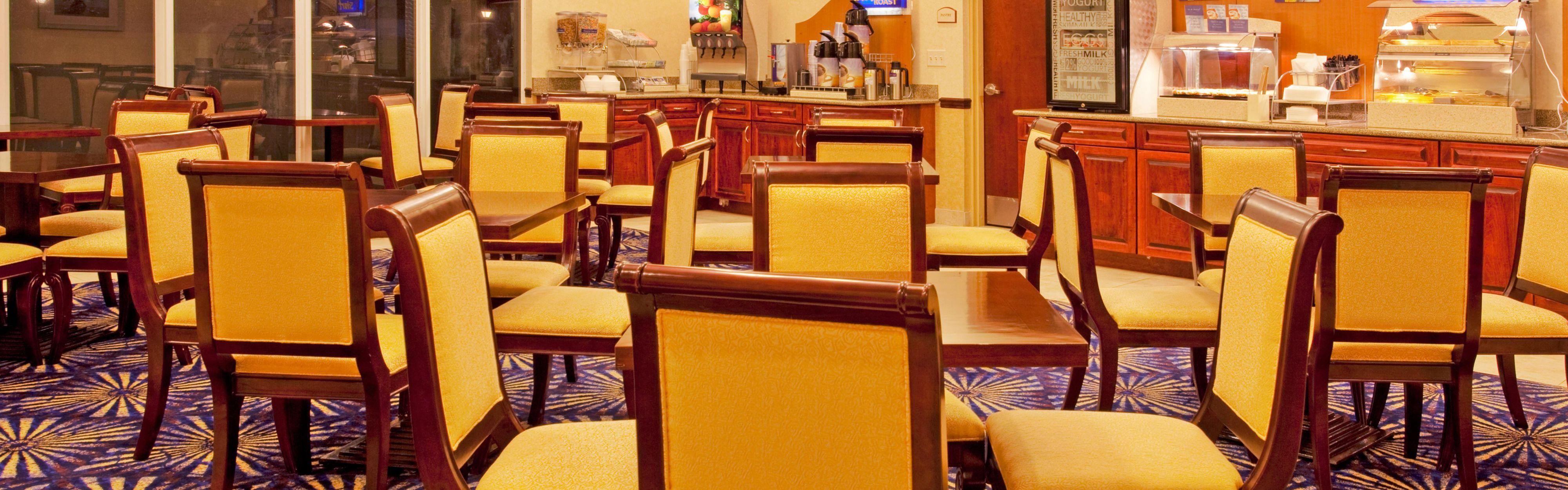 Holiday Inn Express Brooksville-I-75 image 3