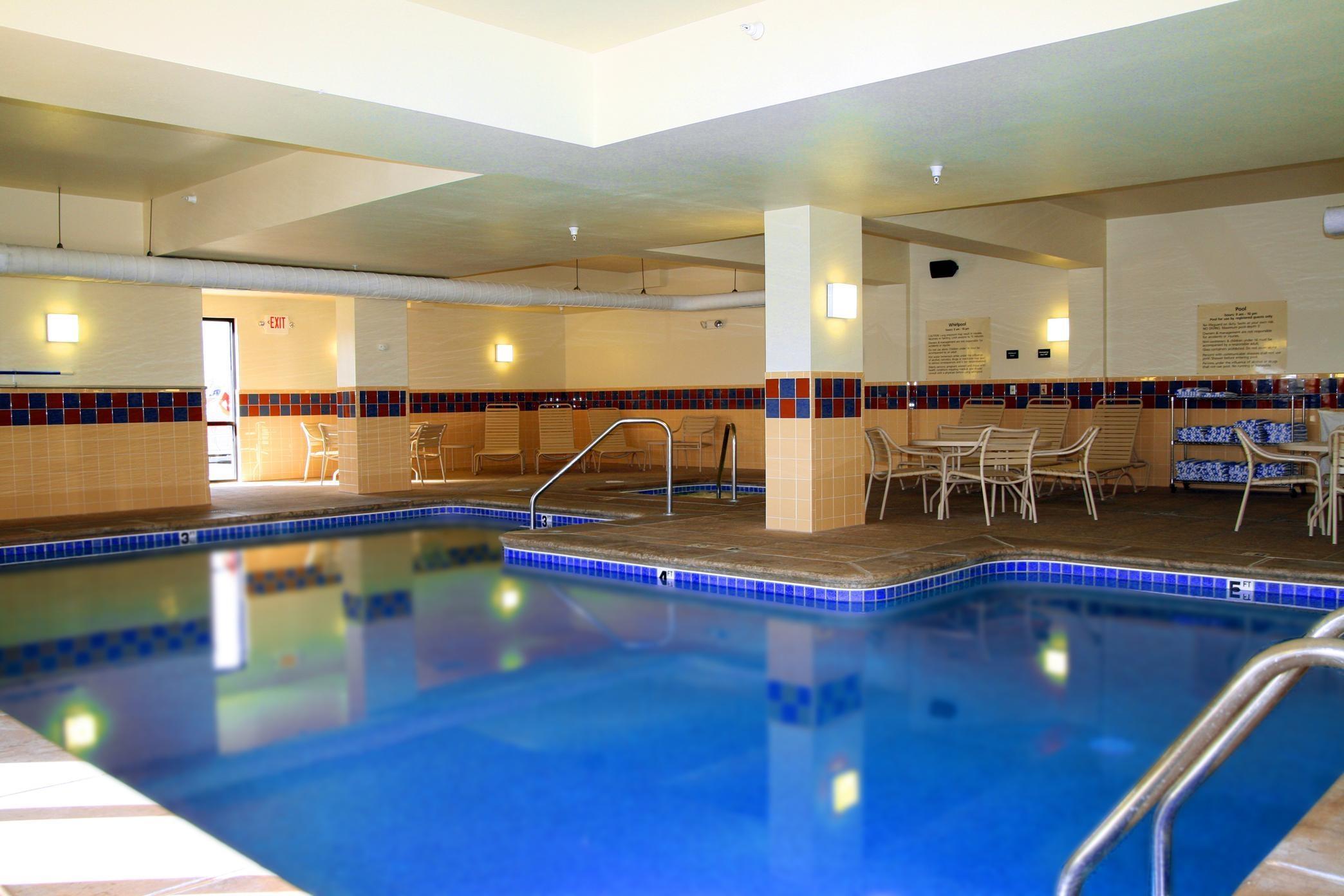 Hampton Inn & Suites Kingman image 6