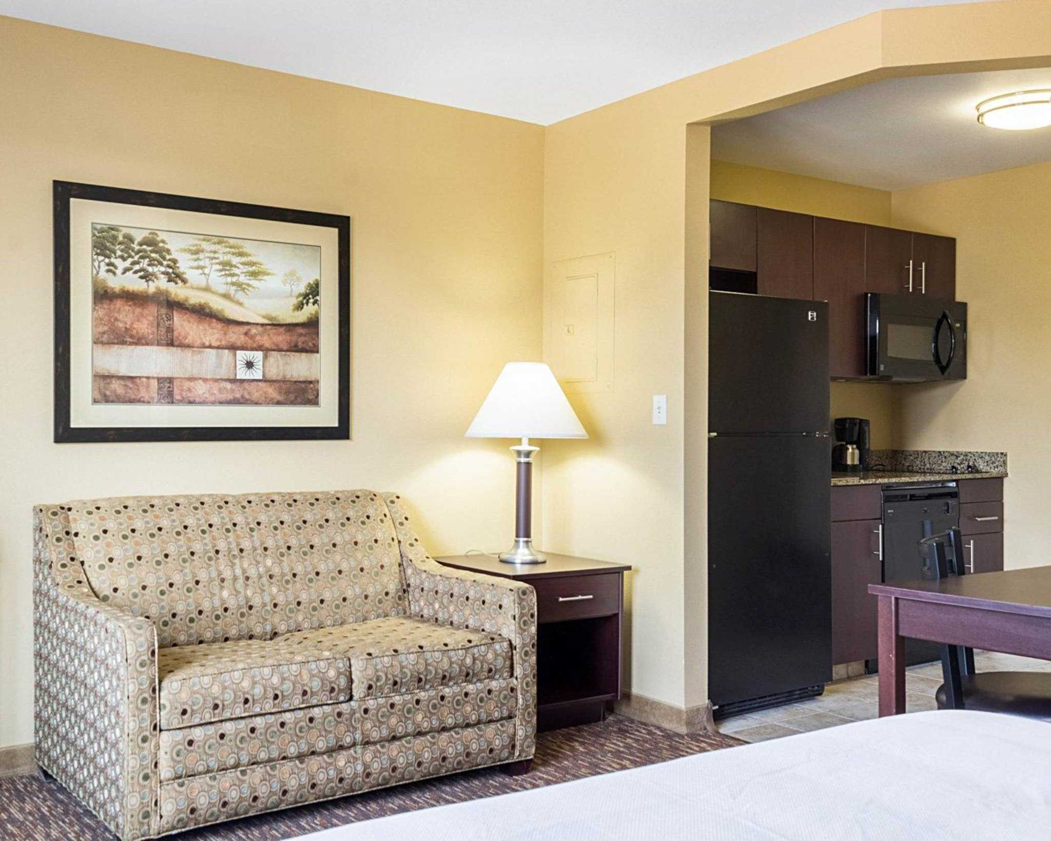 MainStay Suites image 23