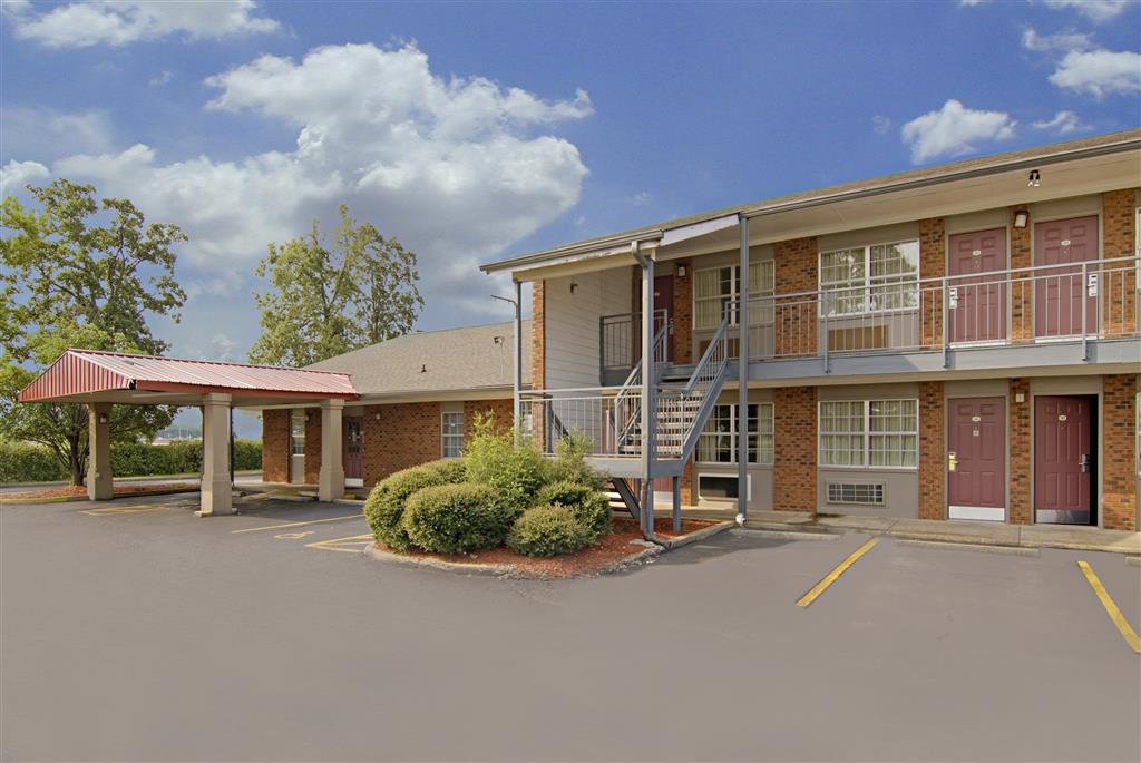 Americas Best Value Inn Jonesboro image 1