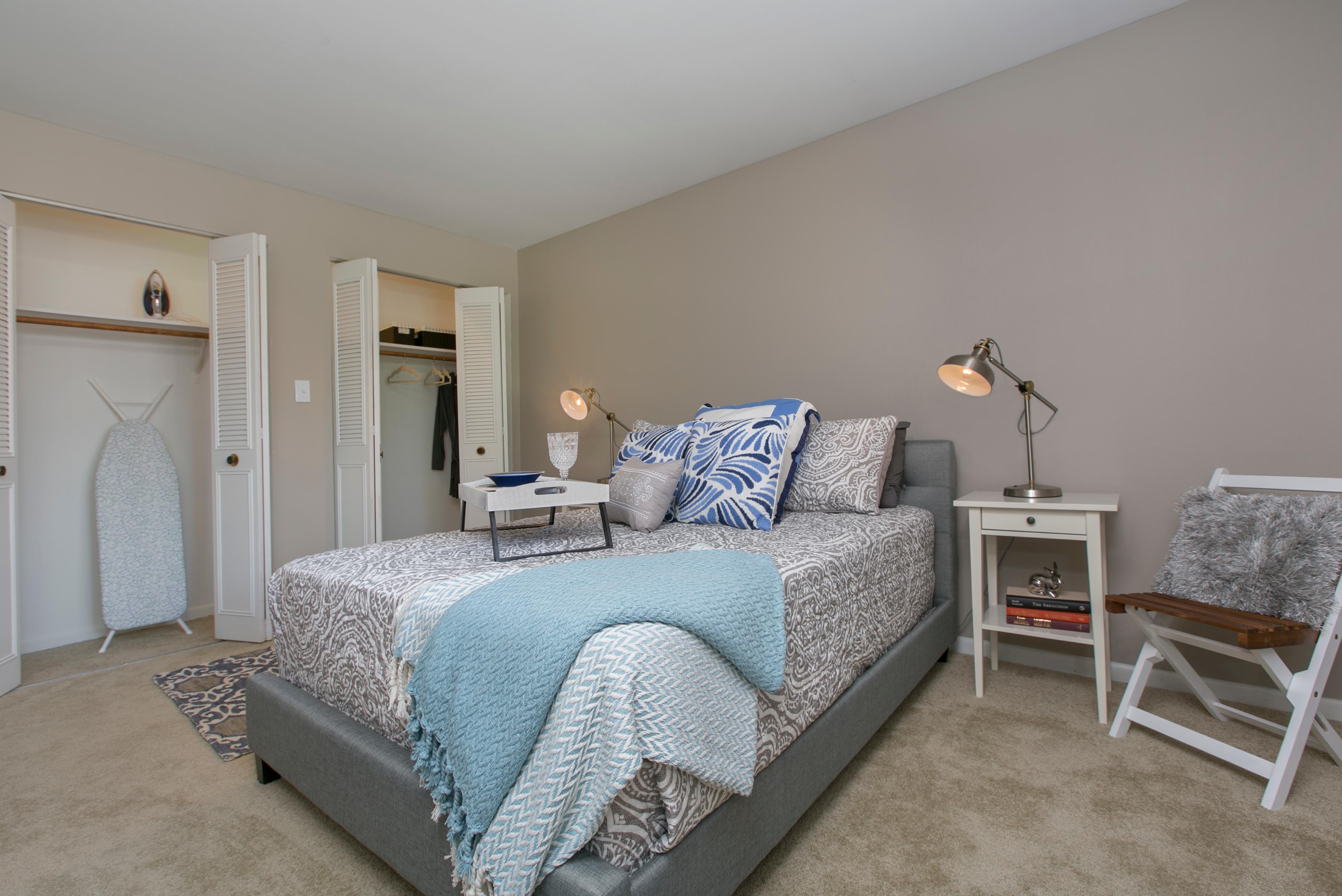 Westmont Village Apartments image 23