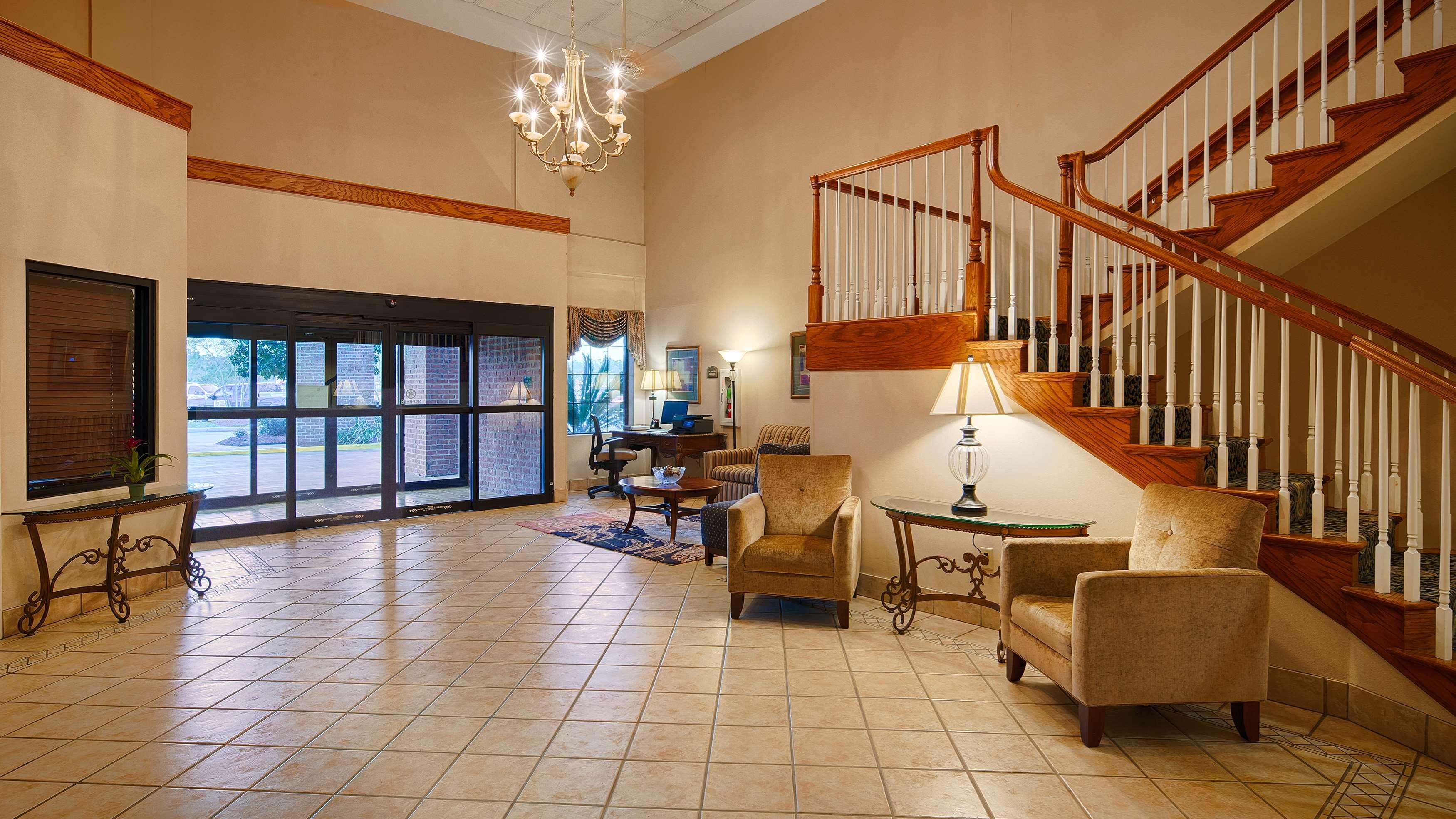 Best Western Plus Executive Hotel & Suites image 31