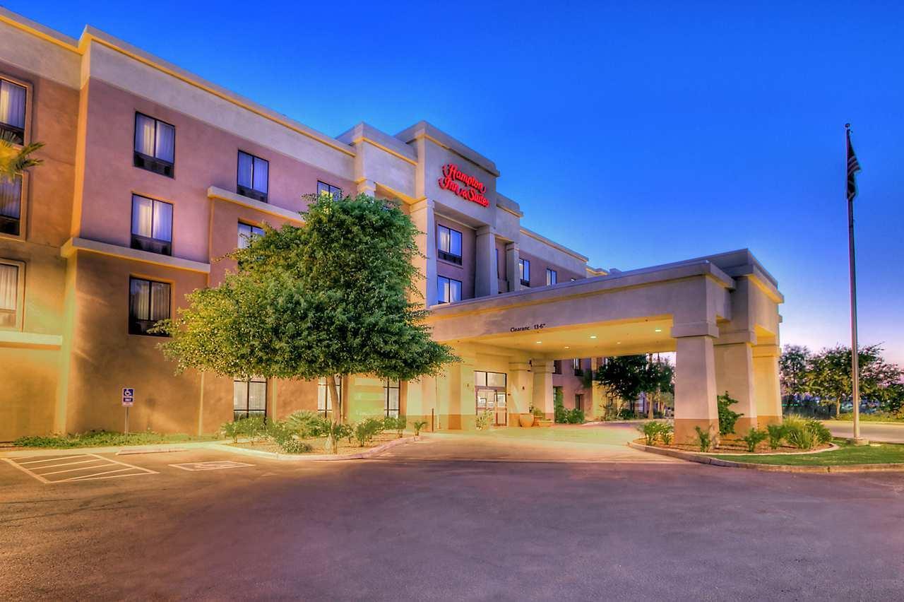 Hampton Inn & Suites Yuma image 1