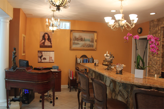 image of Carlos Salon and Day Spa