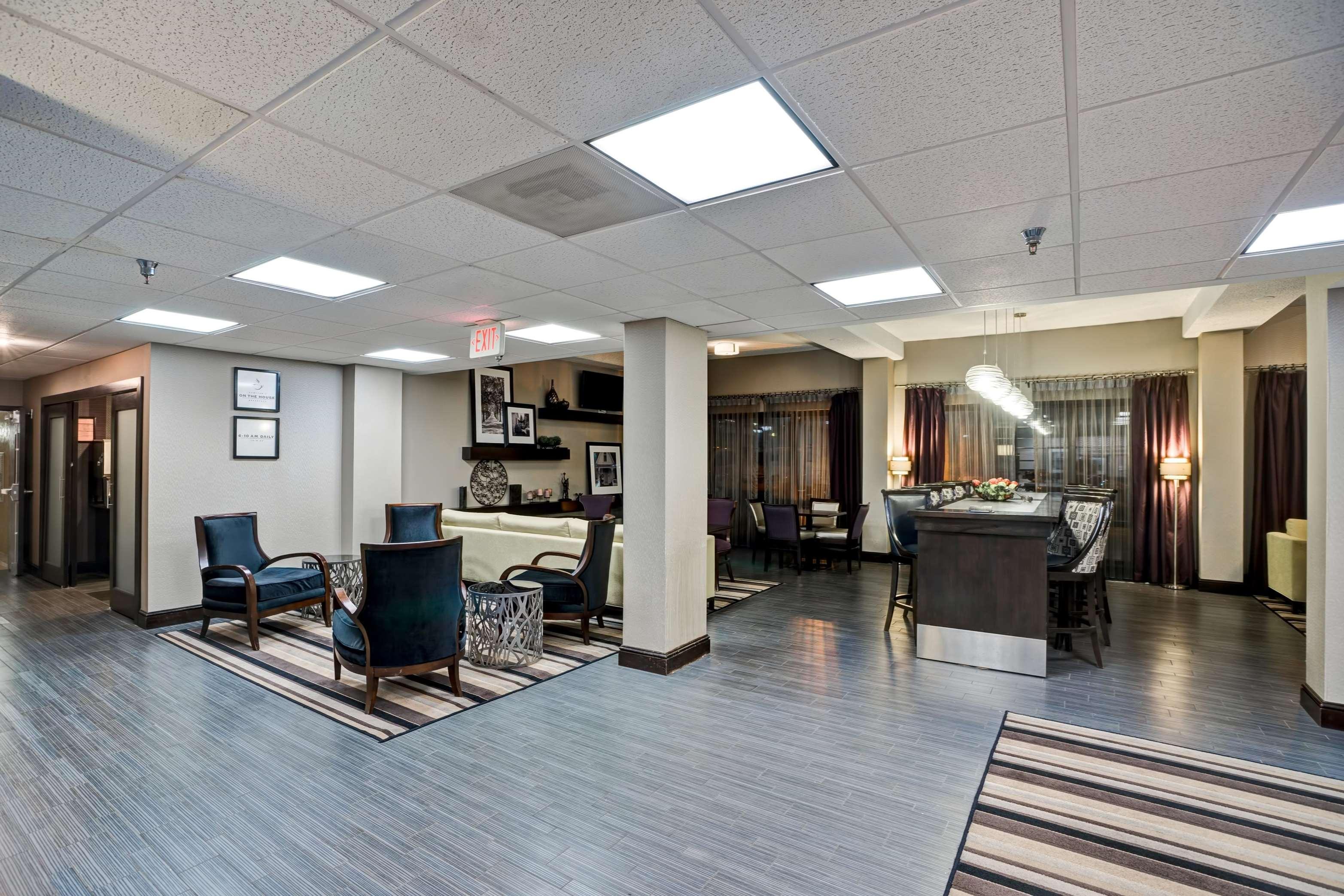 Hampton Inn Knoxville-Airport image 30
