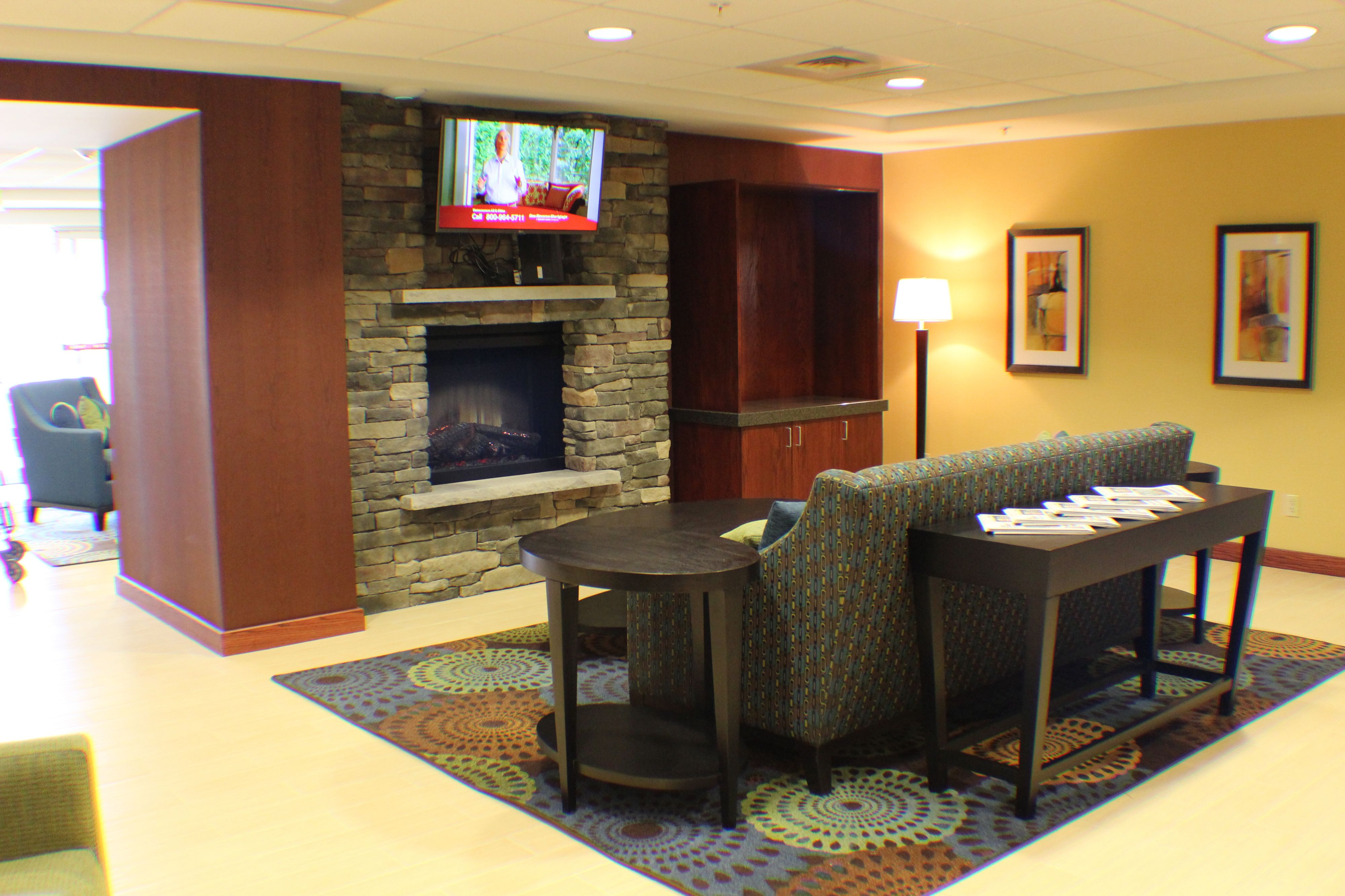 Holiday Inn Express & Suites Milford image 5