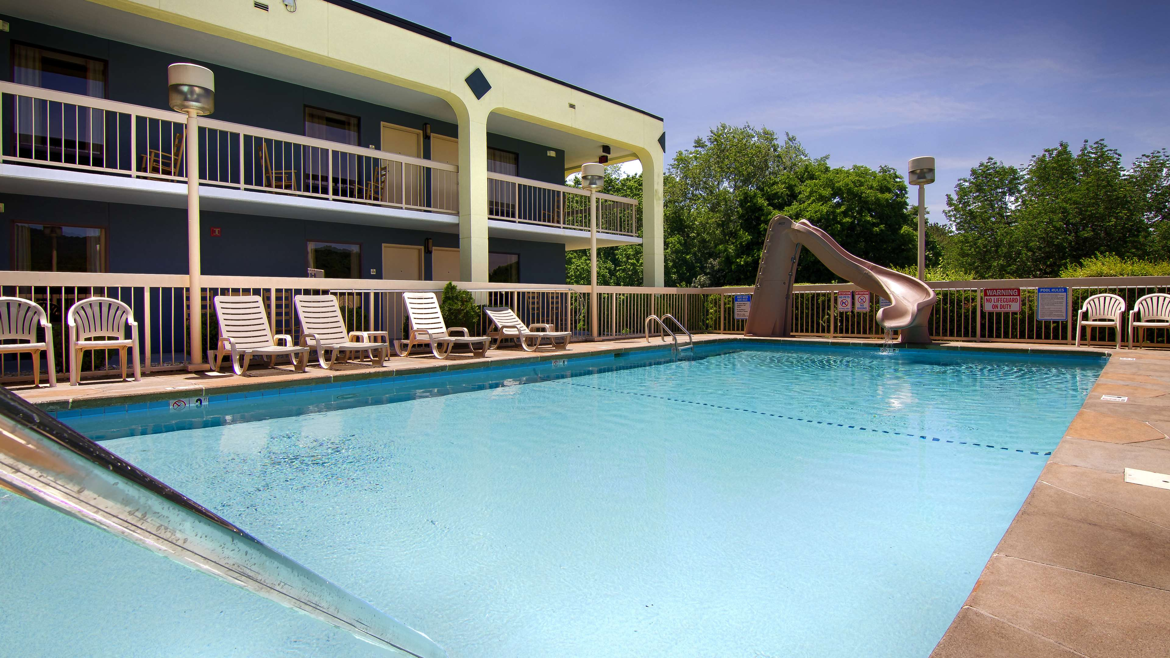 Best Western Cades Cove Inn image 12