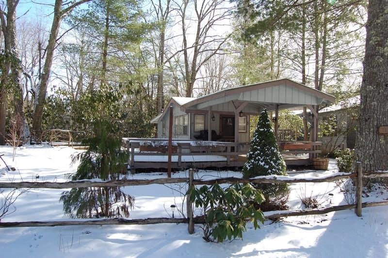 One of our prime RV sites.  Already sold.  Call us for information on other sites available.  800-521-3712.