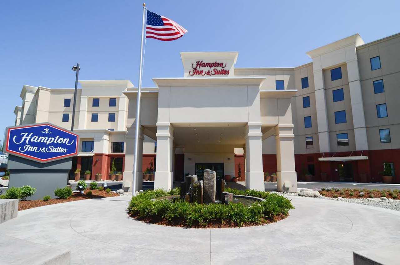 Hampton Inn & Suites Seattle-Airport/28th Ave image 11