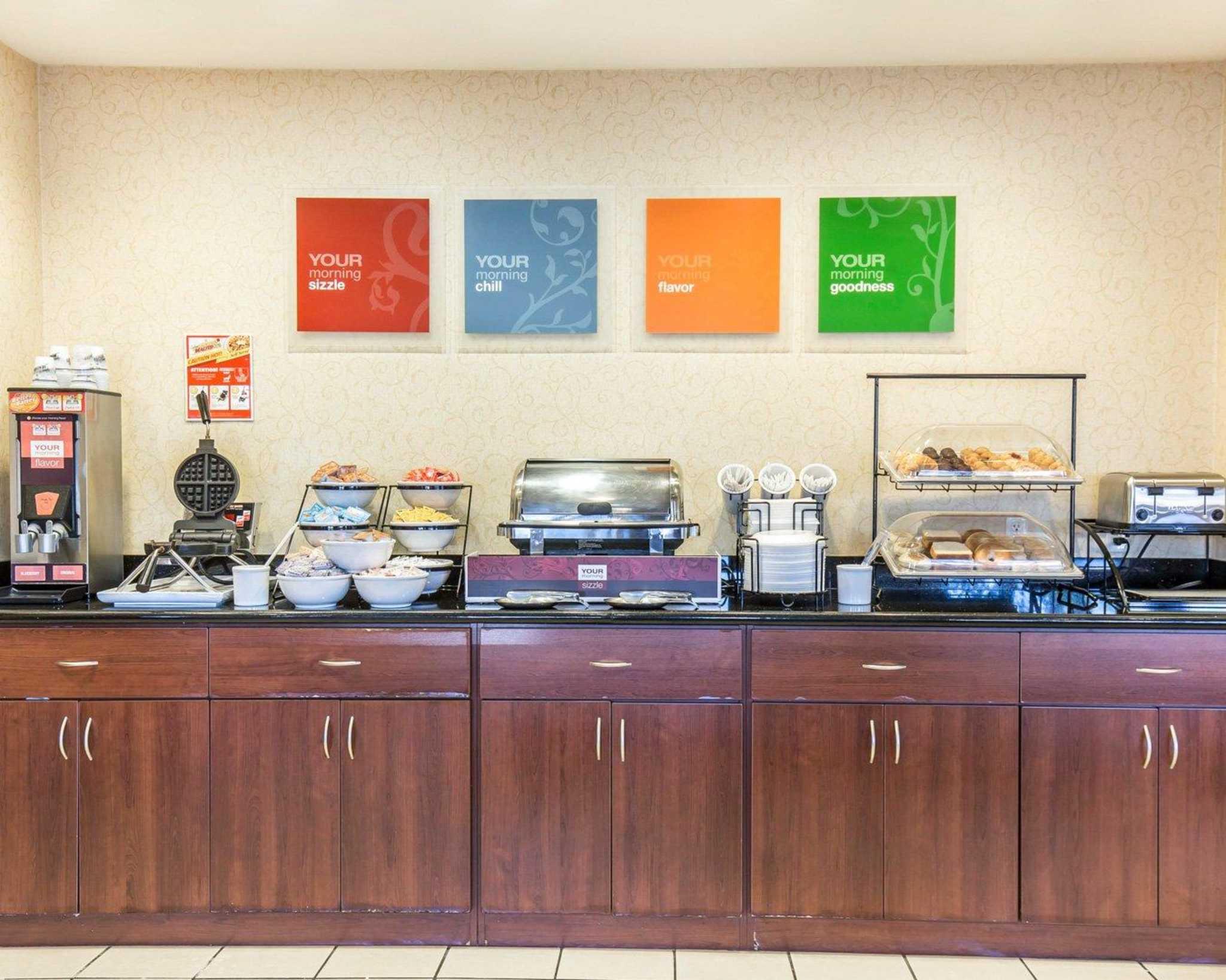 Comfort Inn & Suites Las Vegas - Nellis image 21