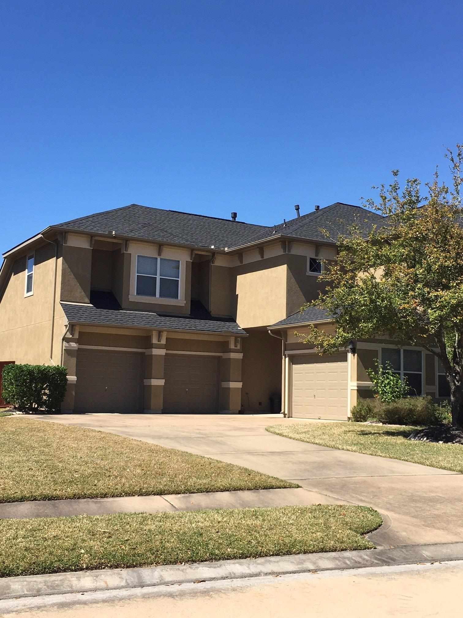 Houston Roofing & Construction image 10