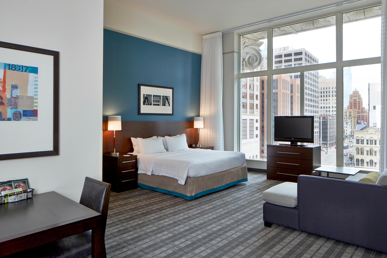 Residence Inn by Marriott Milwaukee Downtown image 16