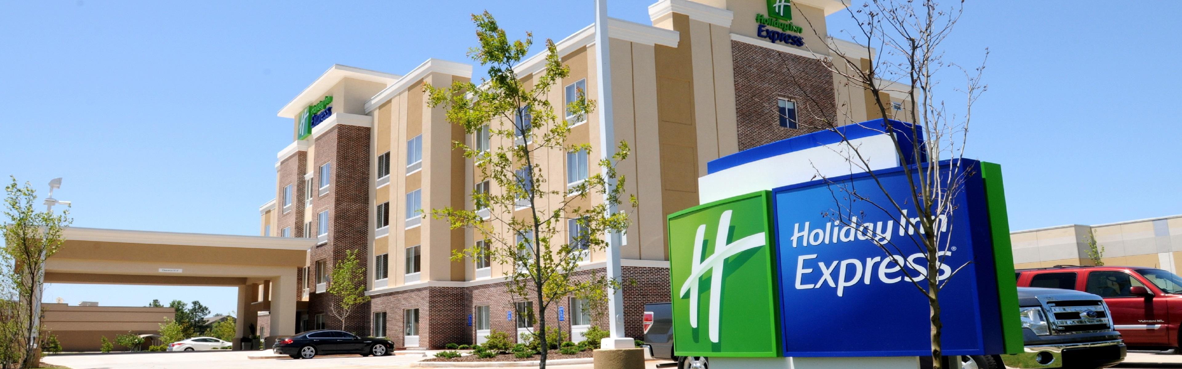 Holiday Inn Express Covington-Madisonville image 0