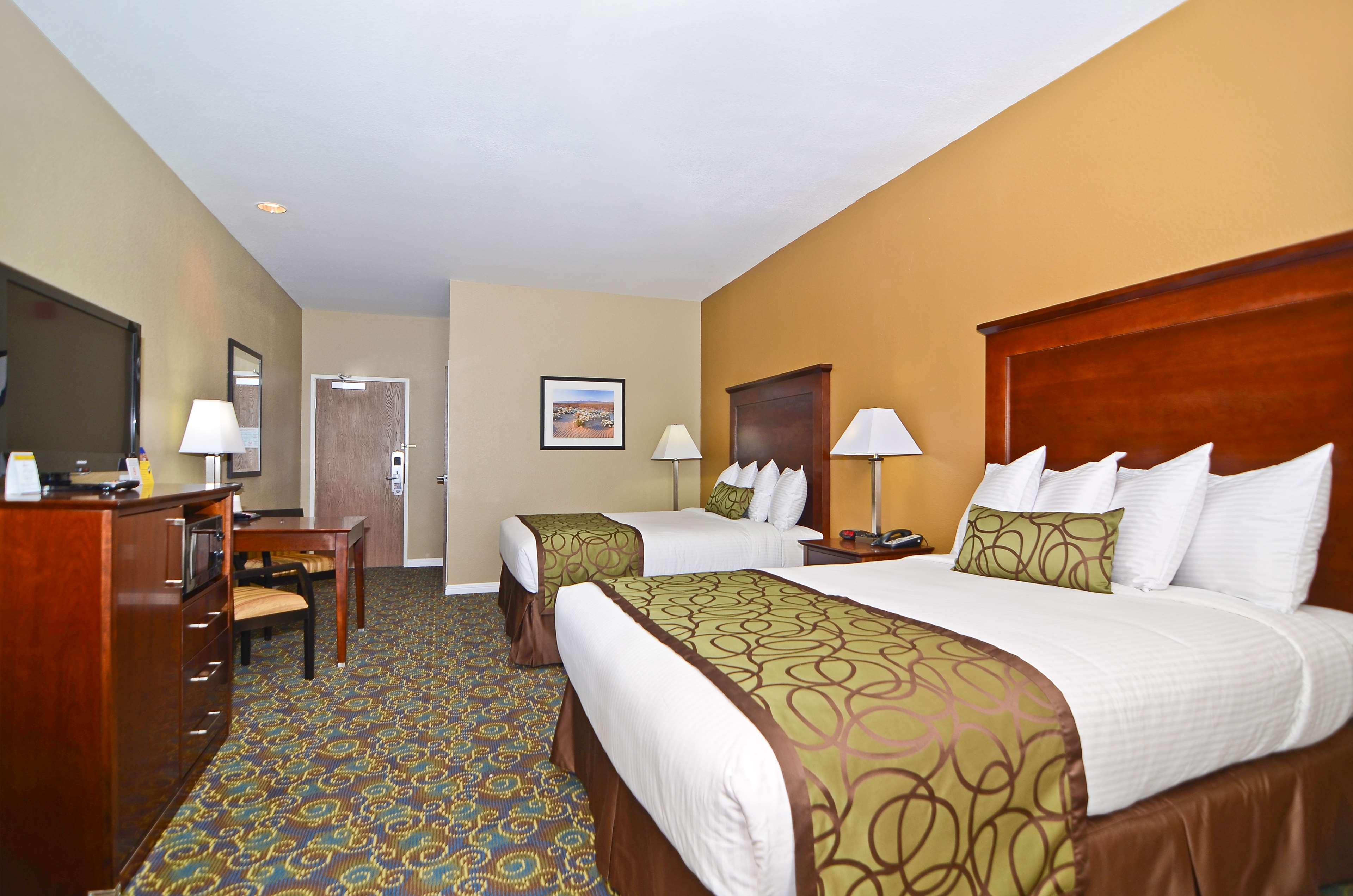 Best Western California City Inn & Suites image 24