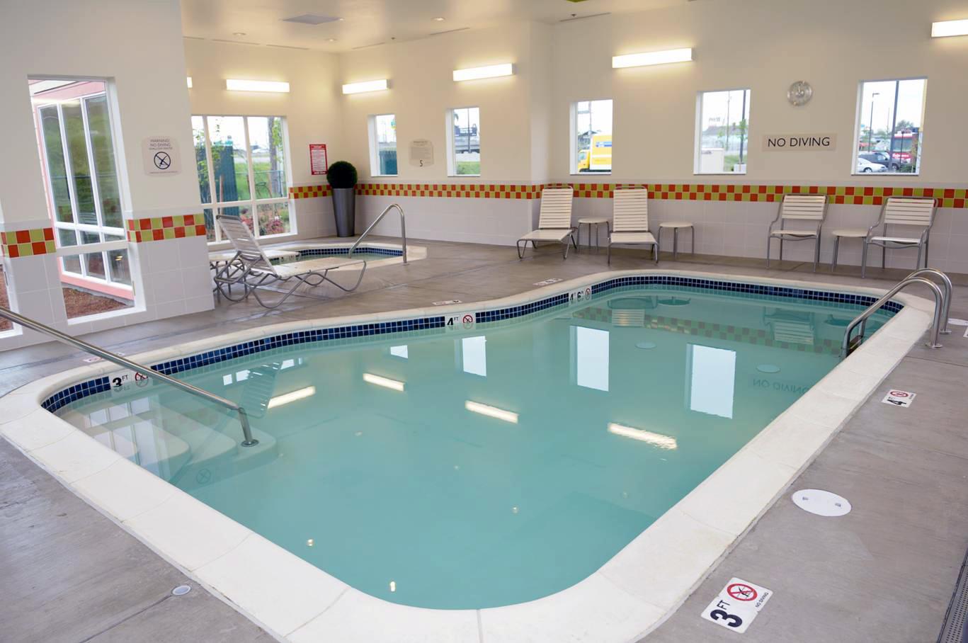 Fairfield Inn & Suites Portland North image 5