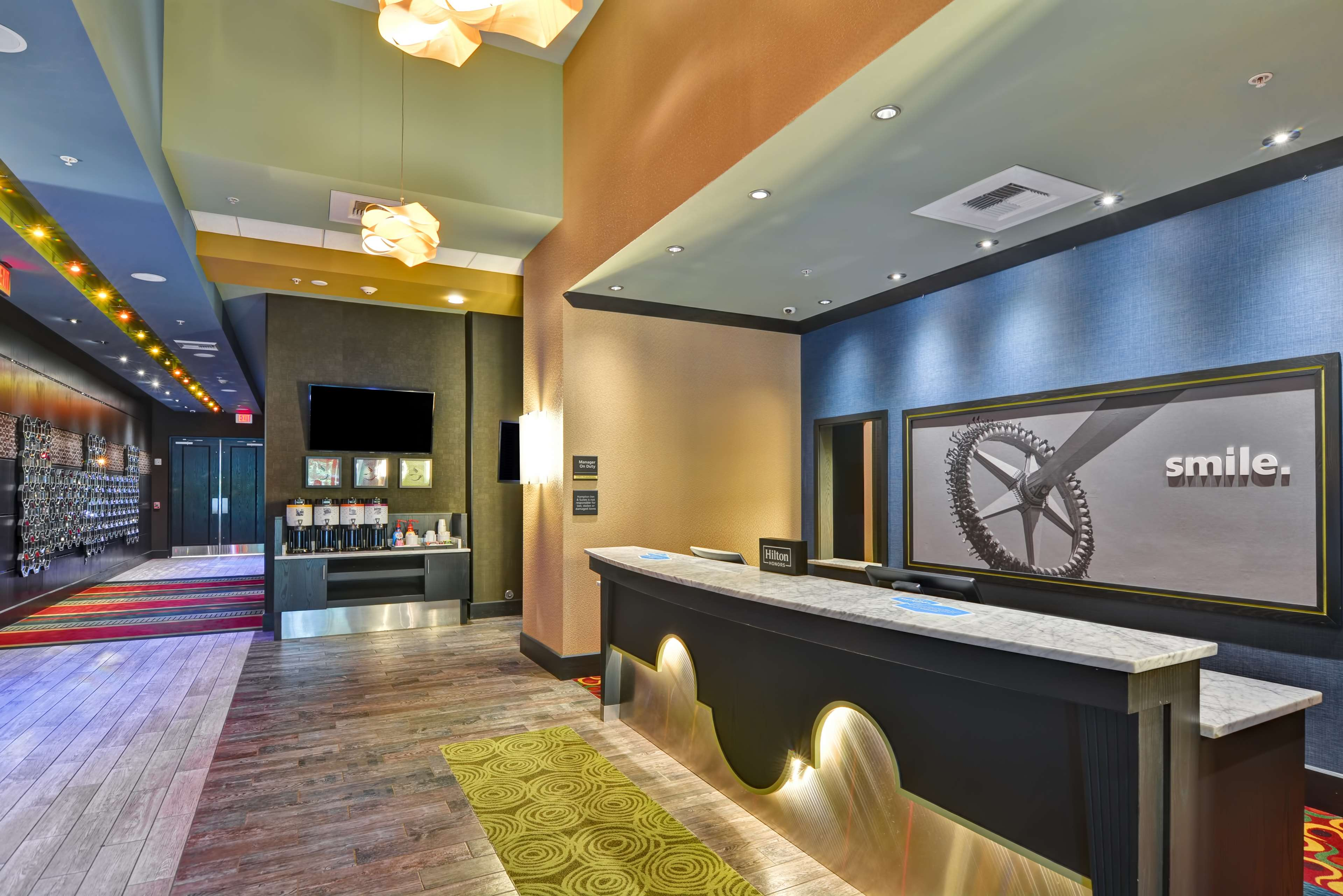 Hampton Inn & Suites Raleigh/Crabtree Valley image 7