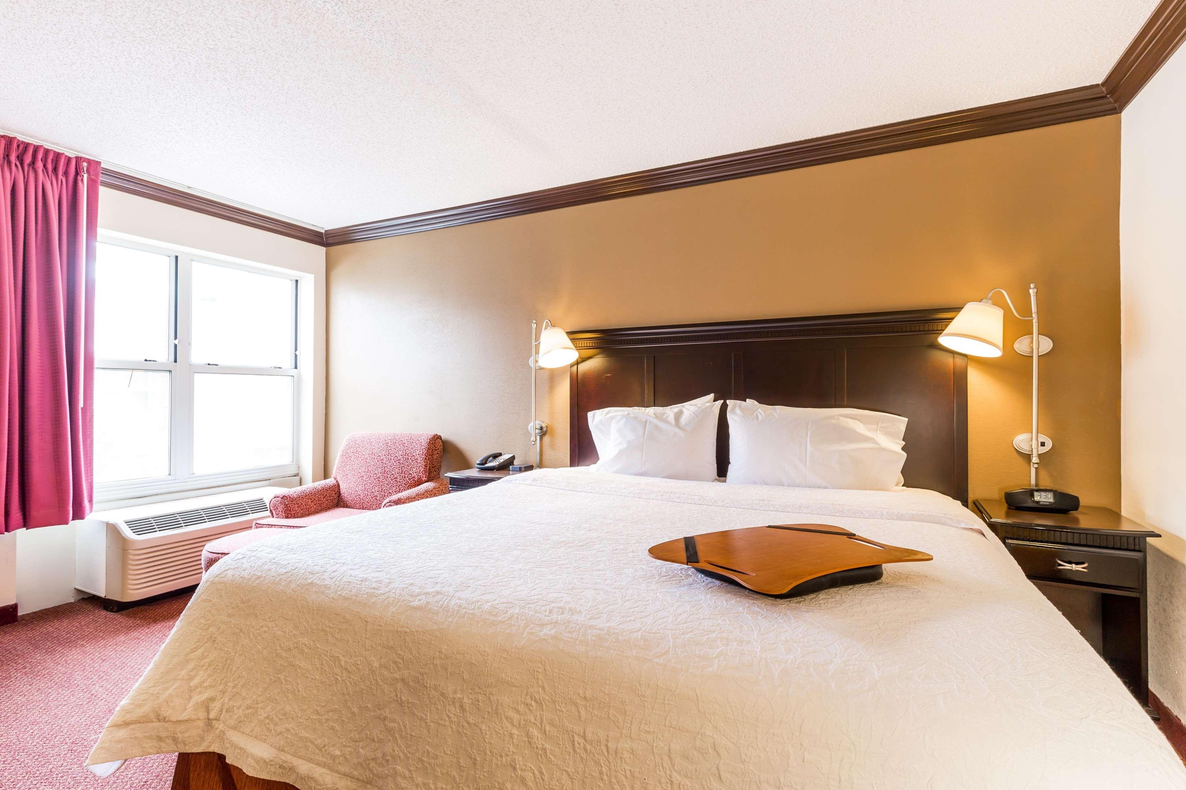 Hampton Inn & Suites Chicago/Hoffman Estates image 26