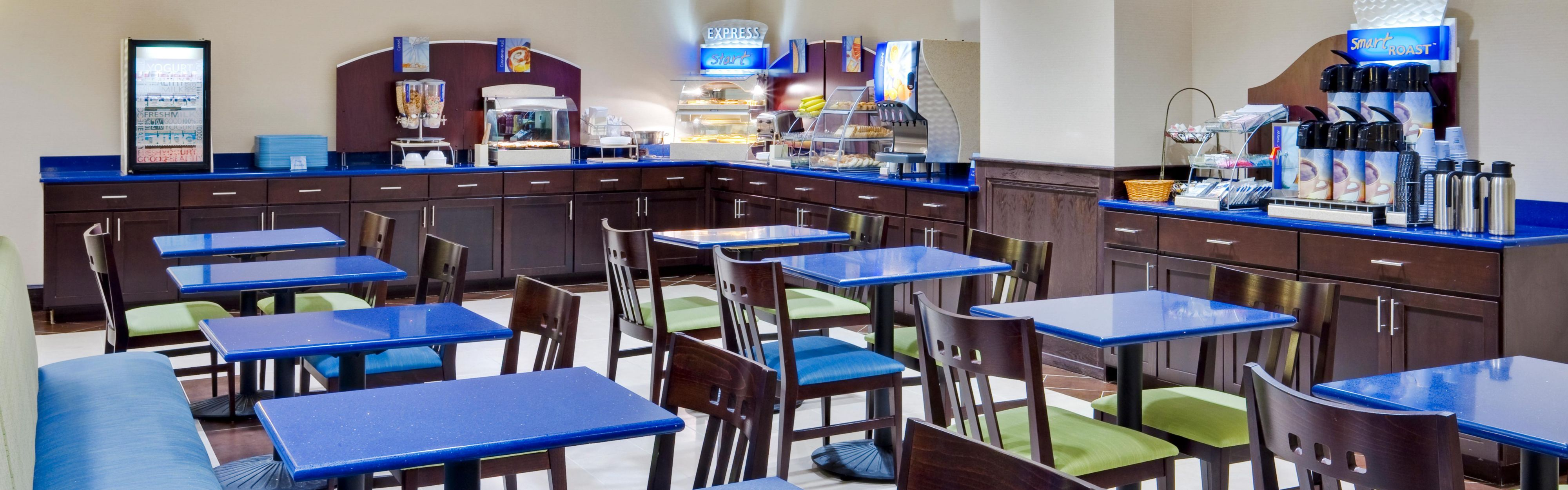 Holiday Inn Express & Suites Williamsport image 3
