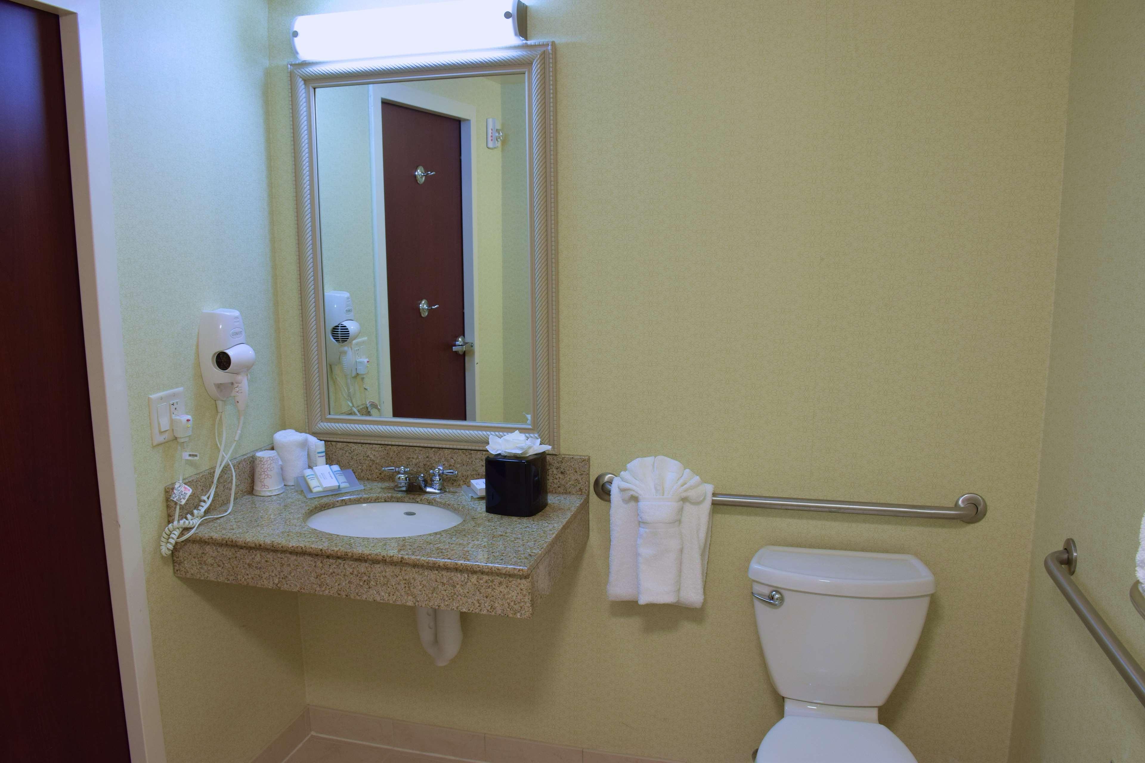 Hilton Garden Inn Dayton Beavercreek image 32