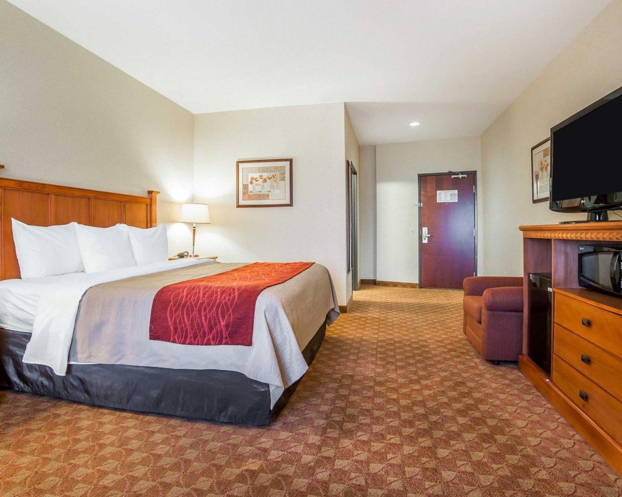 Comfort Inn & Suites Las Vegas - Nellis image 9