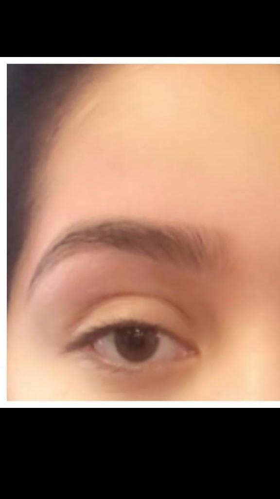 Roya Eyebrows Threading image 7