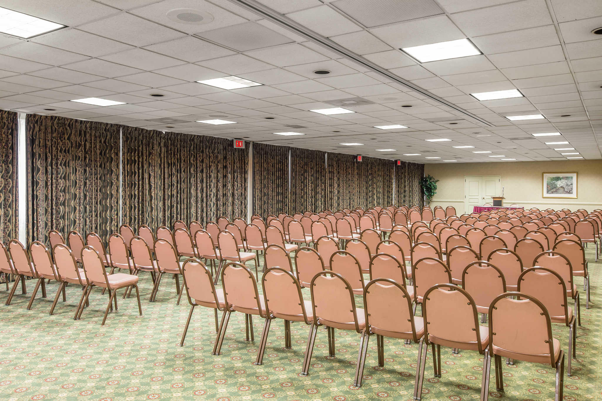 Quality Inn & Suites Conference Center image 27