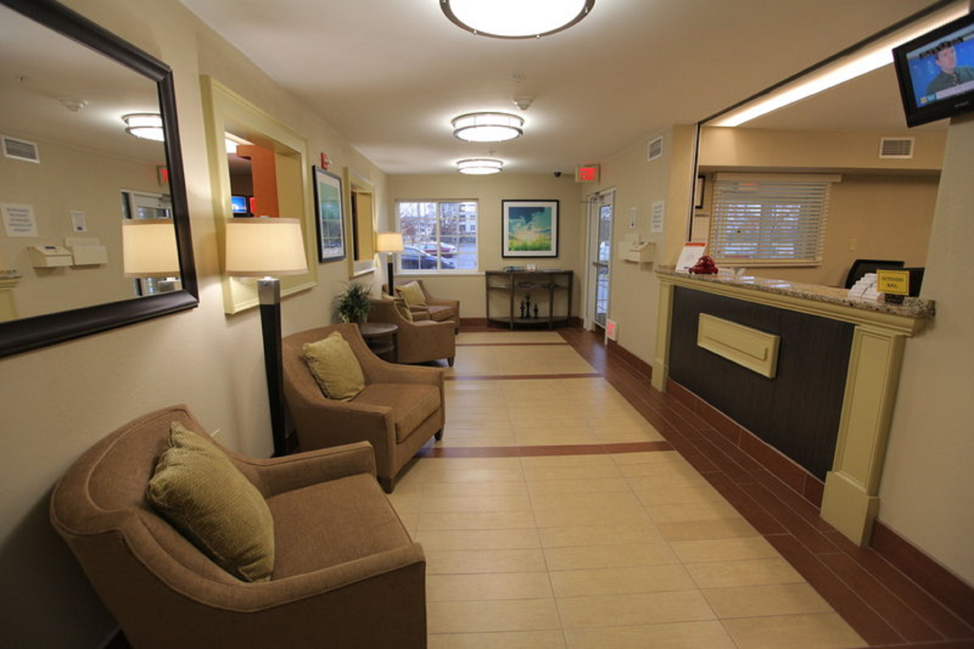 Candlewood suites washington dulles herndon at 13845 for 623 woodland terrace blvd